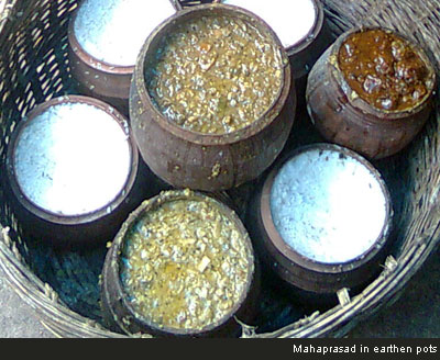Mahaprasad in earthen pots